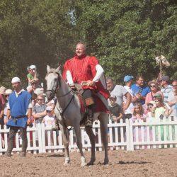 spectacle-equestre-chevalerie-ranrouet-2016-petit-bleus-photos-img_0596